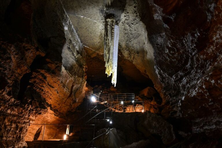 The Great Stalactite and cave chamber